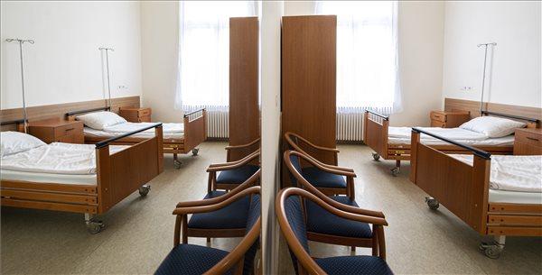 Családi szobákat alakítottak ki a Szent János Kórházban
