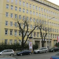 """Böszörményi úti háziorvosi rendelő, """"A"""" Irodaház - dr. Moldován Erzsébet"""