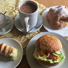 Brúnó Kávézó & Pékség (Forrás: foursquare.com)