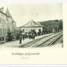 Irgalmas Gyógyszertár, anno 1904