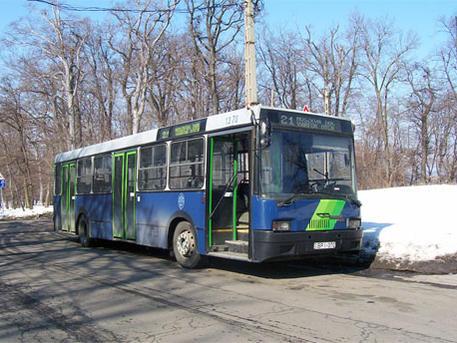 Ez ugyan a 21-es busz, ami hétköznap is felmegy a Normafához. Fotó: Iho