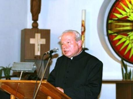 Lambert Zoltán plébános