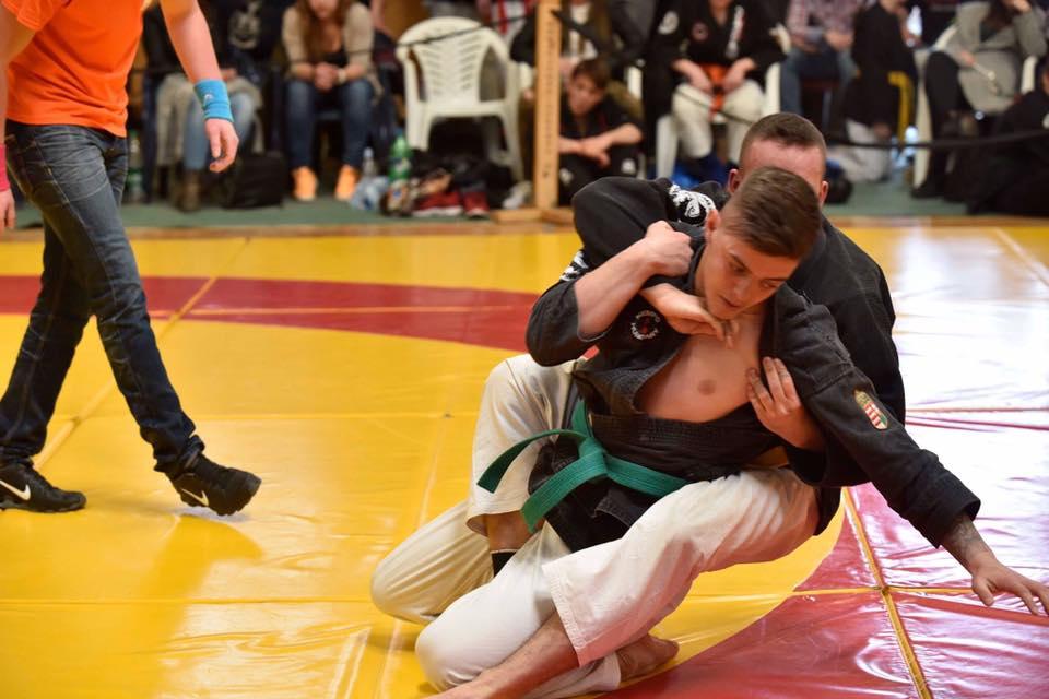 Karácsonyi Dávid a versenyen (fotó: fight.hu)