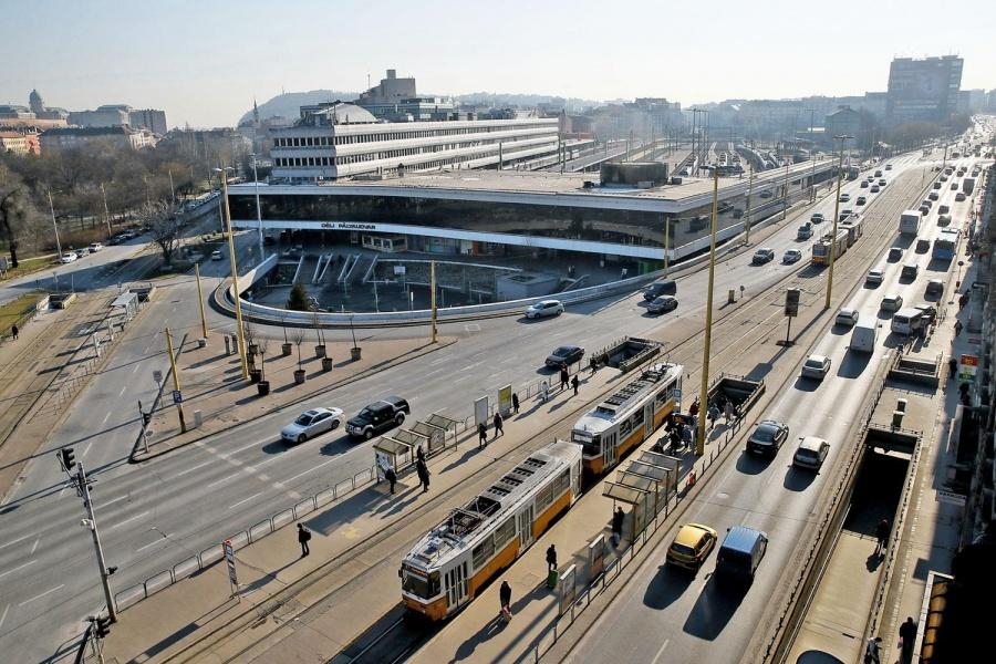 A Déli pályaudvar (illusztráció, fotó: Szabó Miklós)