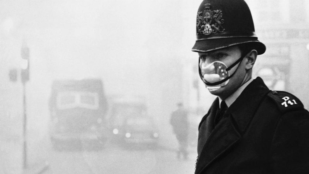 A kép nem budapesti, hanem londoni, nem 2017-es, hanem 1952-es, de szintén szmogos és a 24.hu-ról van