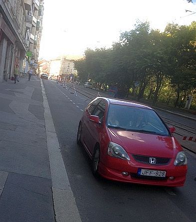 A majdnem teljesen lezárt Krisztina körút (fotó: ittlakunk.hu)