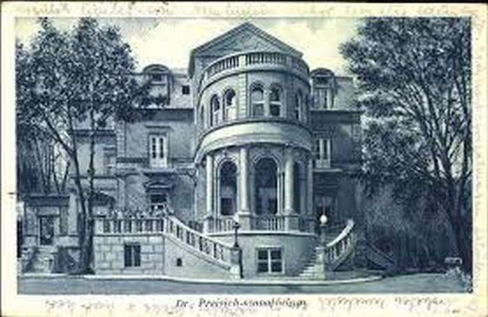 A Szilassy úti kastély, még Dr. Preisich Gyermekszanatóriumként
